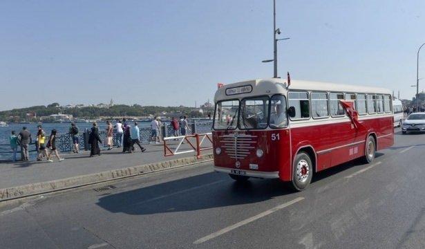 İETT'nin nostalji otobüsleri İstanbul sokaklarında