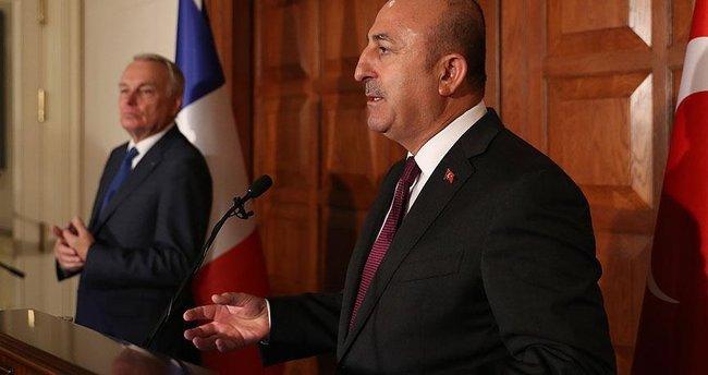 Çavuşoğlu ve Fransız Bakan Jean Marc Ayrault ortak basın toplantısı düzenledi