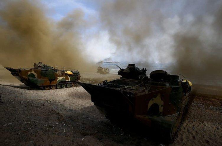 Kuzey Kore ile Güney Kore karşılıklı ateş açtı