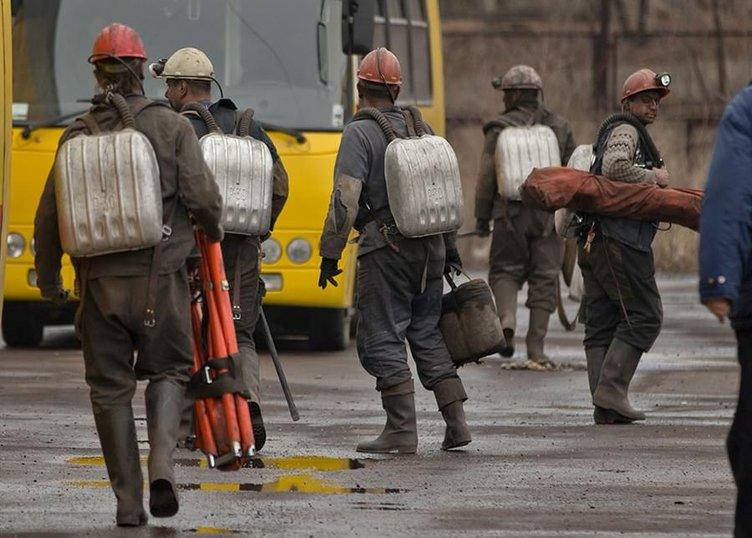 Ukraynalı 33 madencinin cenazesi çıkarıldı