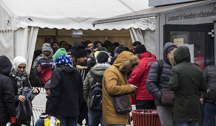 'Göçmenlere yiyecek vermeyin!'