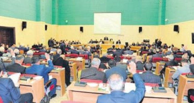 Büyükşehir Meclisi Hollanda'yı kınadı