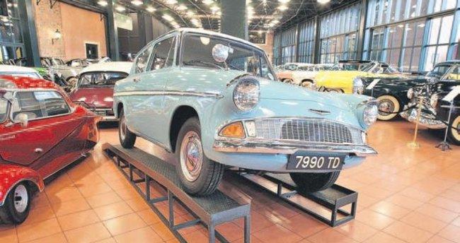 Uçan araba Rahmi Koç Müzesi'nde