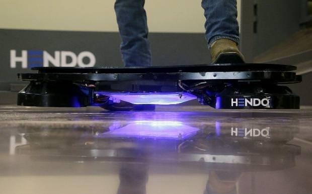 Dünyanın ilk uçan kaykayı Hoverboard