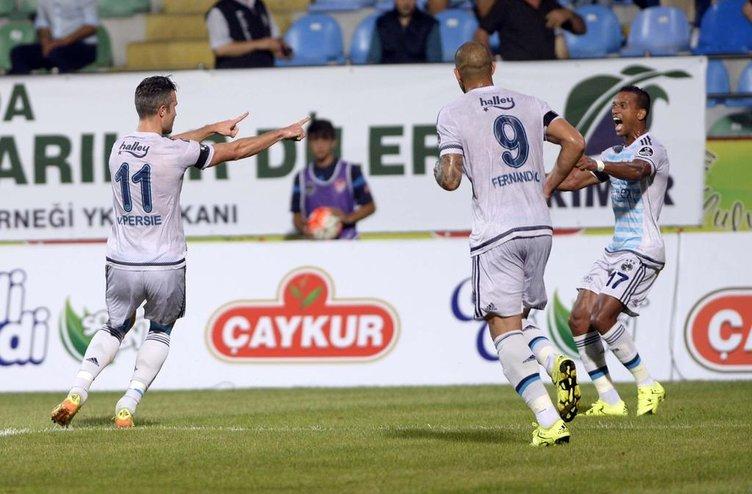 Çaykur Rizespor  Fenerbahçe maçındna kareler