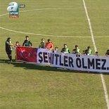 Sakaryaspor ve Muğlaspor'dan alkış toplayan pankart