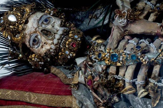 Milyon dolarlık iskeletler