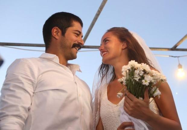 Burak Özçivit ile Fahriye Evcen'den nikah provası