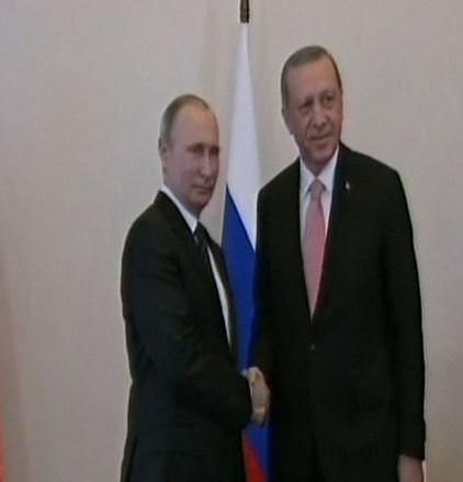 Cumhurbaşkanı Erdoğan, Putin ile bir araya geldi