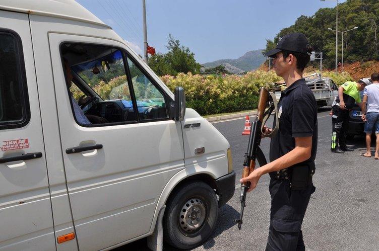 Marmaris'te darbeci askerleri arama çalışmaları sürüyor