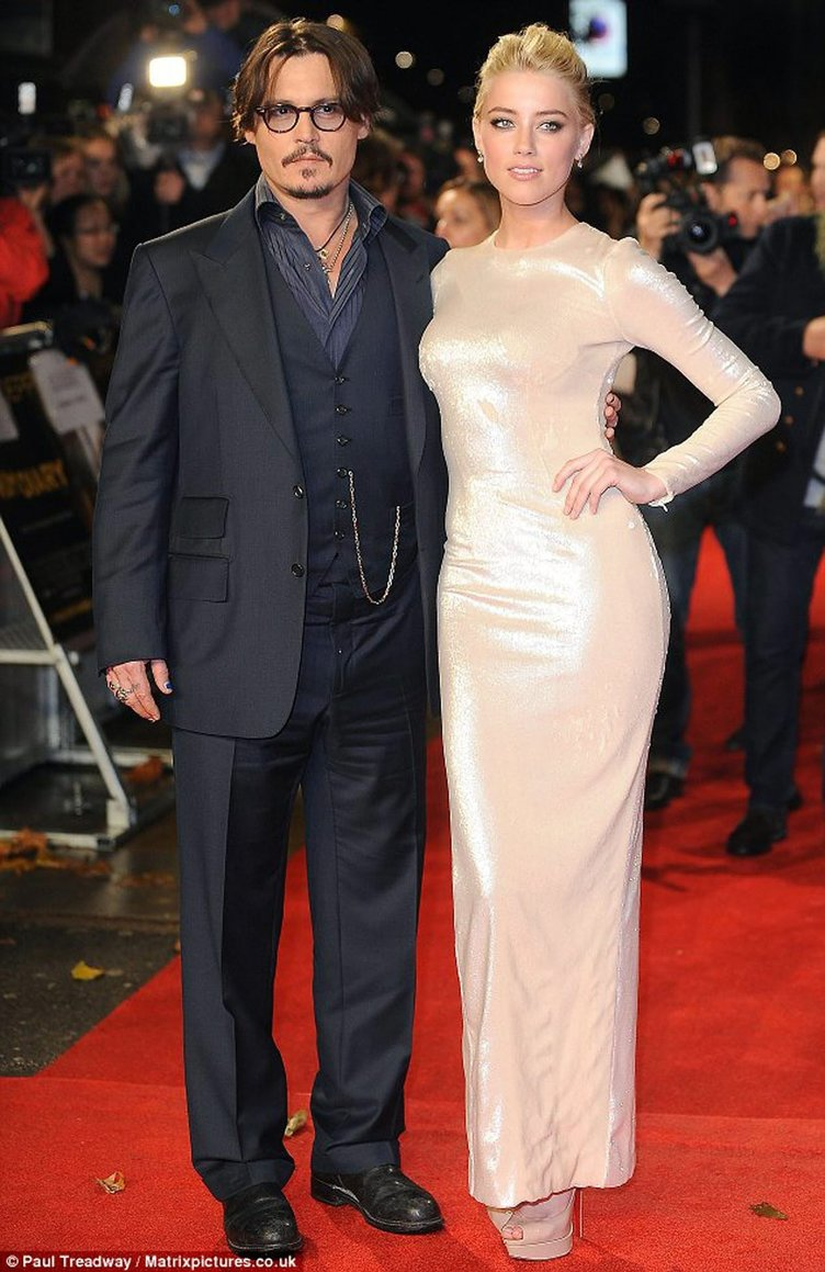 Jonny Deep'ten ayrılan Amber Heard yeniden evleniyor!