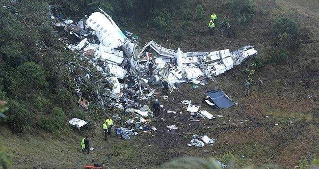 Uçak enkazına ilk ulaşan gazeteci, yaşananları anlattı!