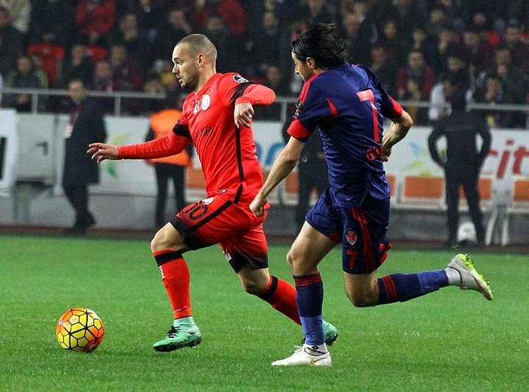 Sneijder'i böyle çıldırttılar