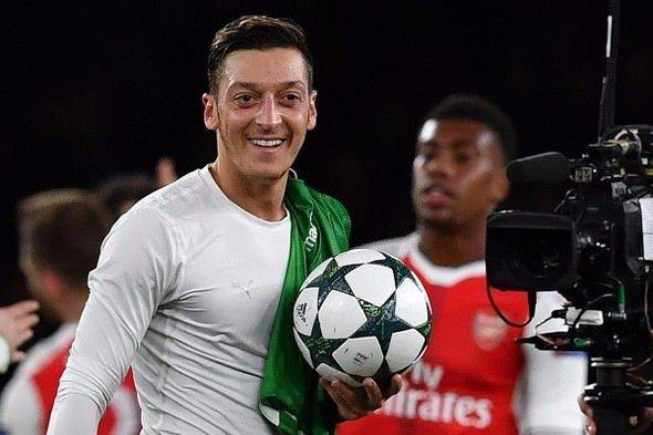 Şampiyonlar Ligi'ne Mesut Özil damgası