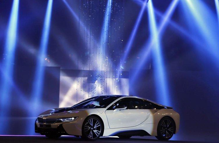 BMW'nin yeni bombası I8