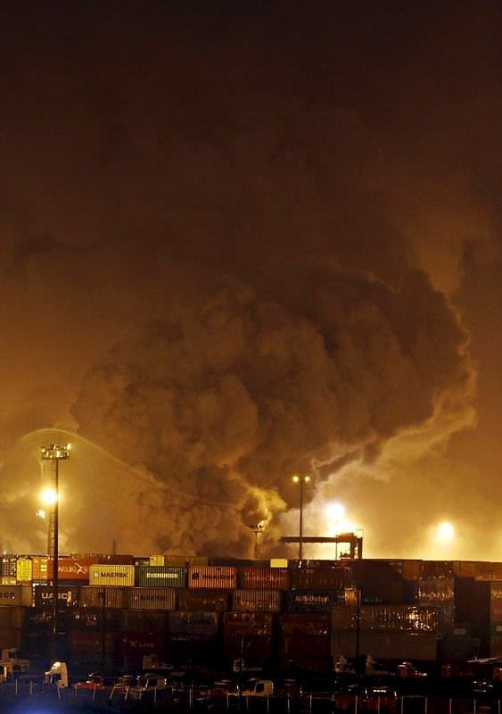 Brezilya'nın en büyük limanında korkunç patlama
