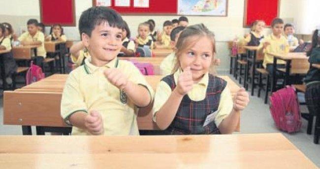Okullar bugün açılıyor