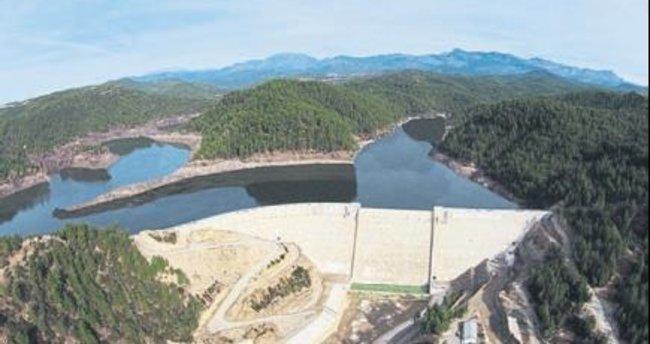 Naras Barajı'na deneme suyu