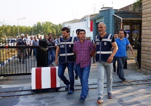 Tutuklanan hakim ve savcılar