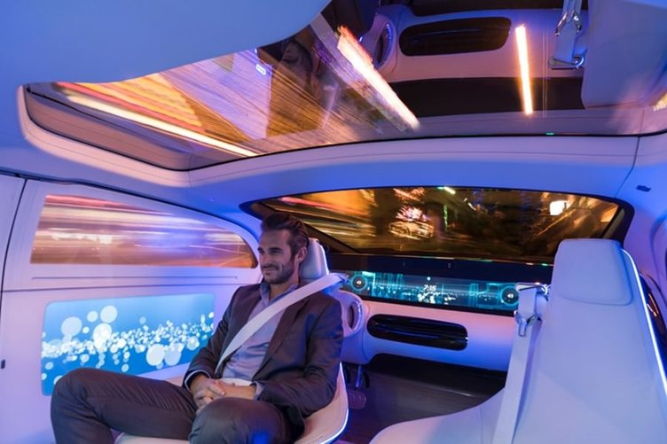 Geleceğe ışık tutan otomobil