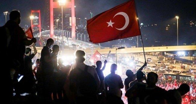 Okullar 15 Temmuz Demokrasi Zaferi ve Şehitleri Anma etkinliğiyle açılacak
