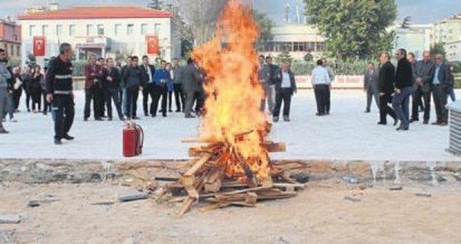 Belediye personeli yangın eğitimi aldı