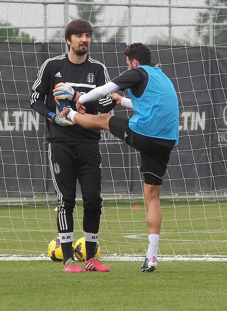 Beşiktaş'ta iki imza