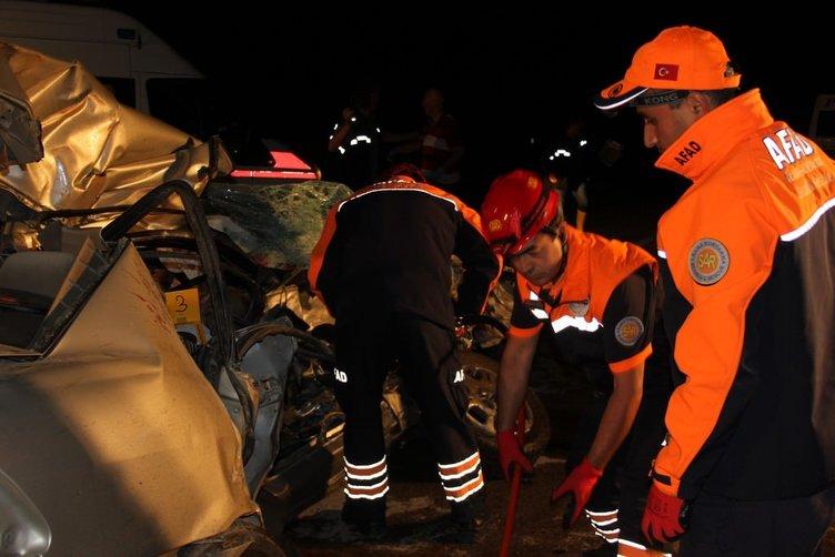 Çorum'da feci kaza: 6 ölü!