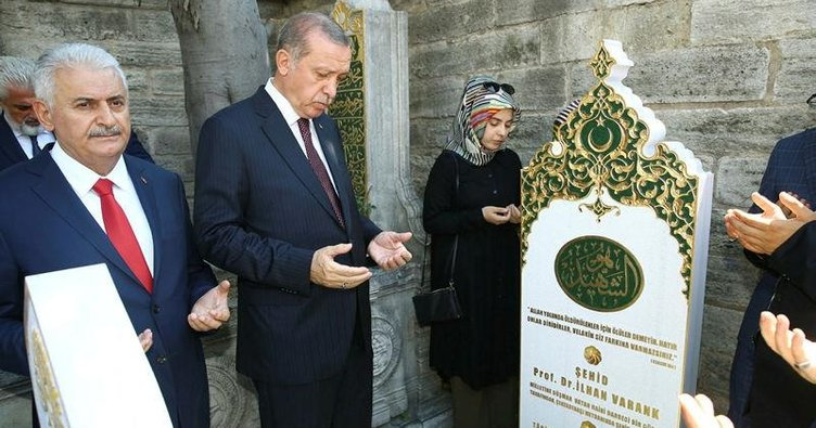İlhan Varank'ın mezarına ziyaret