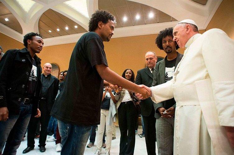Papa'ya anlamlı tişört