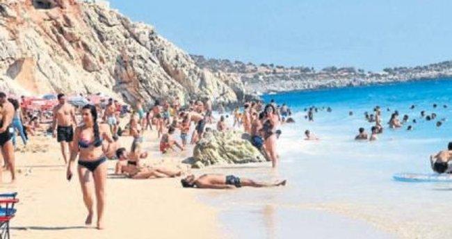 Kaputaş Plajı'nda bayram yoğunluğu