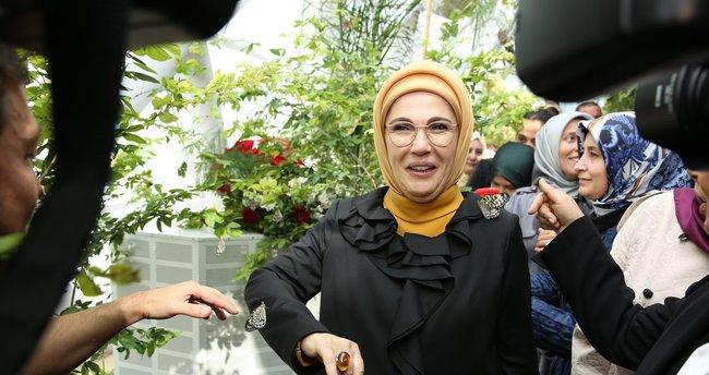 Emine Erdoğan, Pitoresk İstanbul Dijital sergisi'ni ziyaret etti