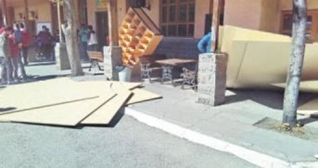 Suntalar devrildi 5 öğrenci yaralandı