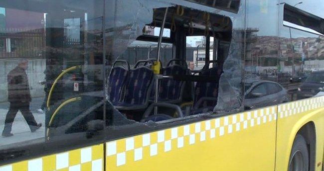 Beton dökme aracı belediye otobüsüne çarptı: 2 yaralı