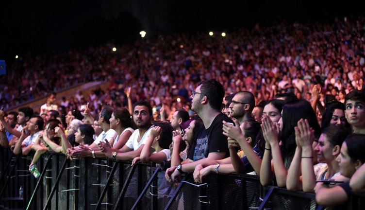 İbrahim Tatlıses'ten İdo Tatlıses'e: Senin o çıktığın sahneye kaç kişi çıkabiliyor