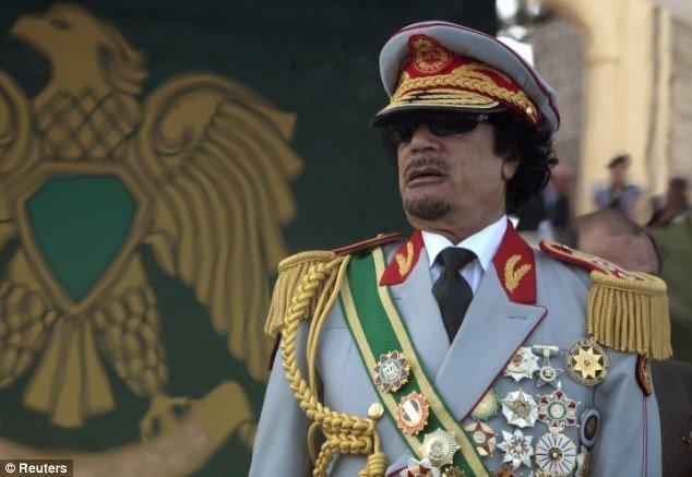 Kaddafi'nin korkunç haremi!