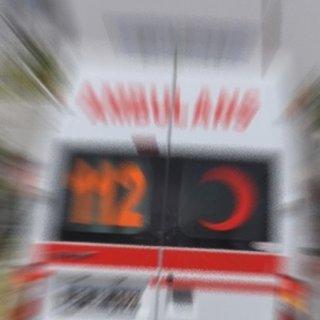 Bursa'da otomobil ambulansa çarptı: 4 yaralı