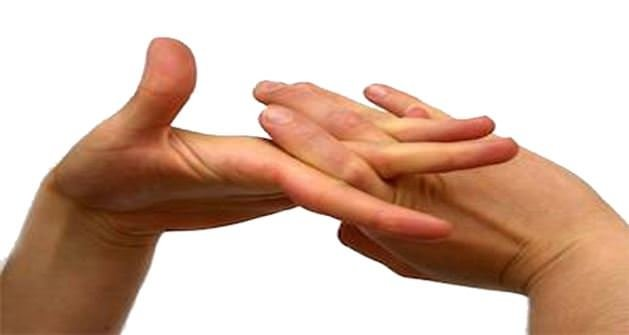 Sizde parmak çıtlatıyor musunuz?
