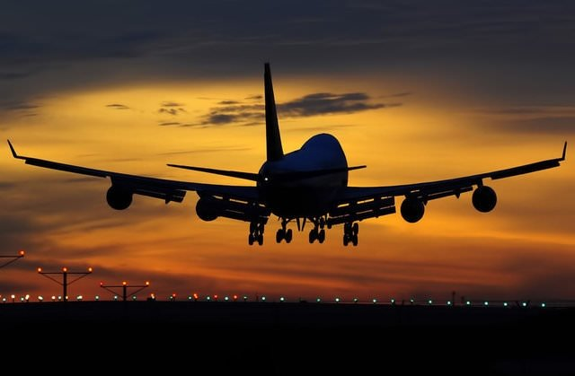 Uçaklar neden düşer?