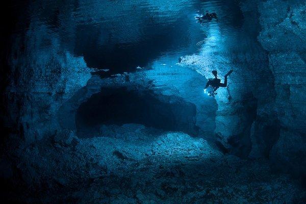 Gölün altında büyüleyici dünya