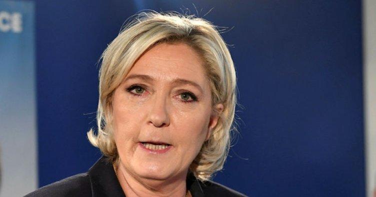Le Pen: Fransa sınırlarını kapatın