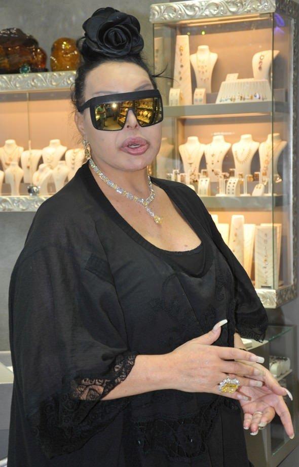 Bülent Ersoy daire parasına takı aldı