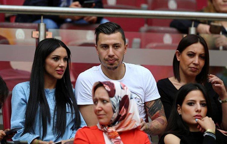 Emre Güral Galatasaray'a imzayı atıyor