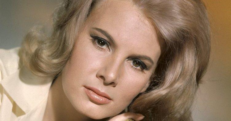 'Bond kızı' Molly Peters hayata gözlerini yumdu