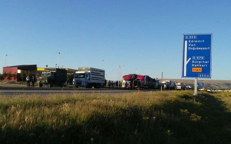 Gevaş'ta hain saldırı: 6 polis yaralı