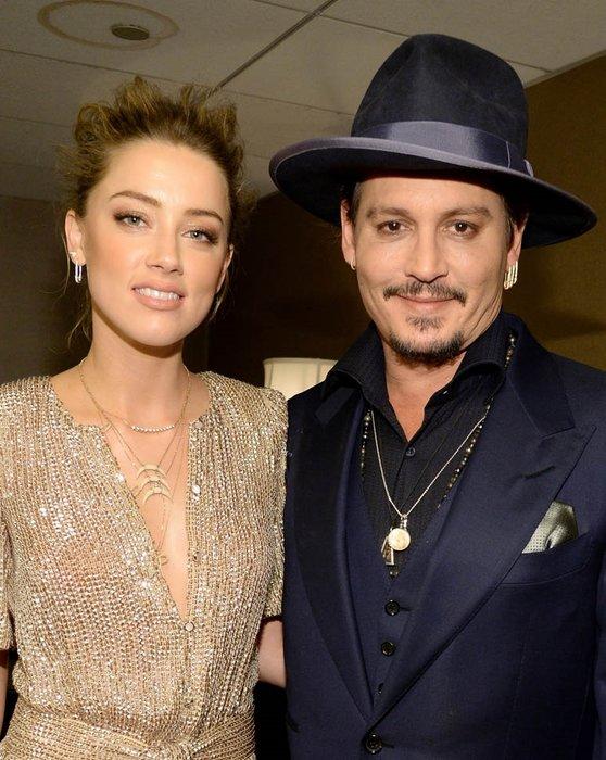 Johnny Depp, eşini yastıkla boğmaya çalışmış