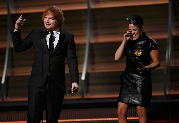 2016 Grammy'ye Taylor Swift damgasını vurdu