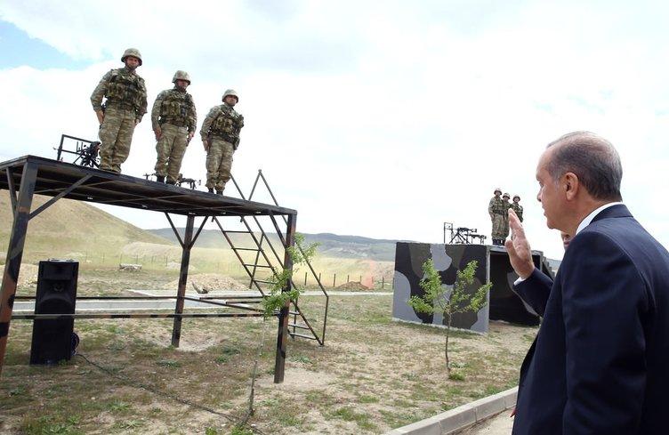 Cumhurbaşkanı Erdoğan'dan Özel Kuvvetlere sürpriz ziyaret