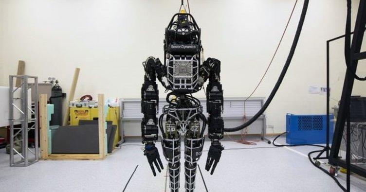 Robot fabrikası japonların oluyor!