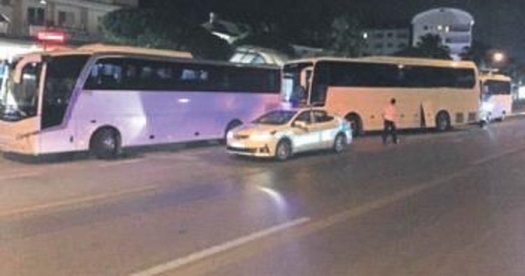 Tur şoförlerine geceyarısı baskın